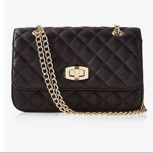Quilted Chain Link Shoulder Bag